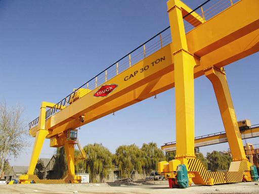 Cuidados ao trabalhar com pontes rolantes