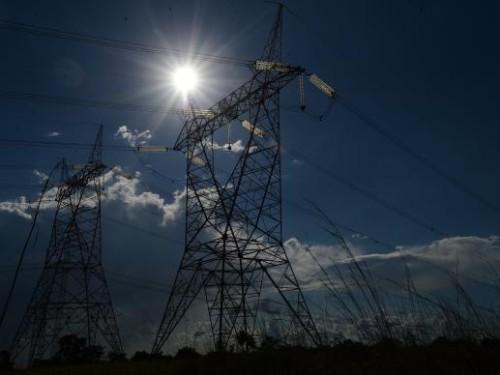 Importancia da NR 10 para eletricistas e engenheiros